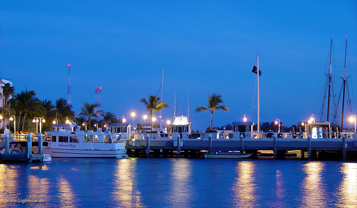 KEY WEST Harbor Scene [Klick to enlarge]